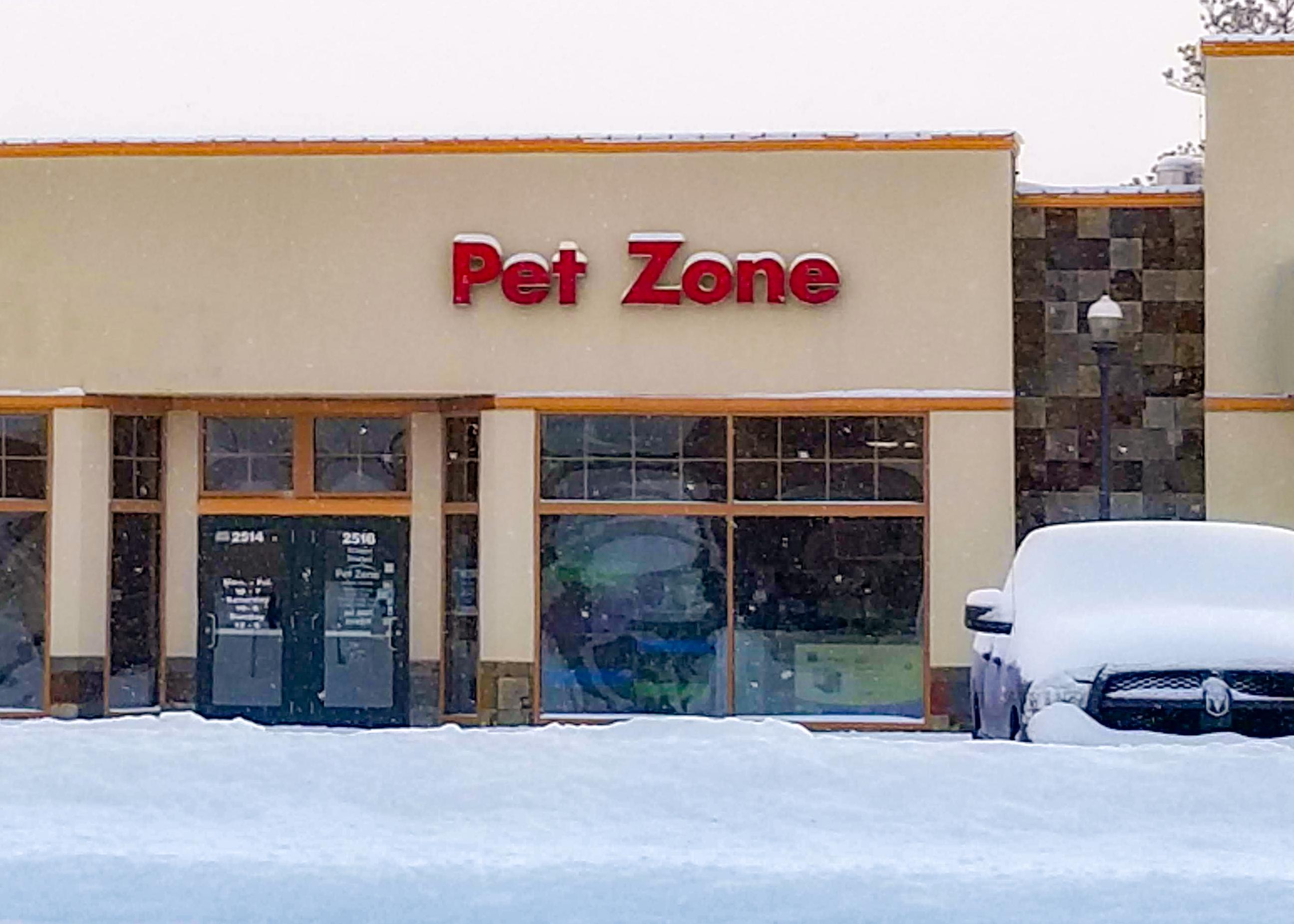 PetZone_Storefront2